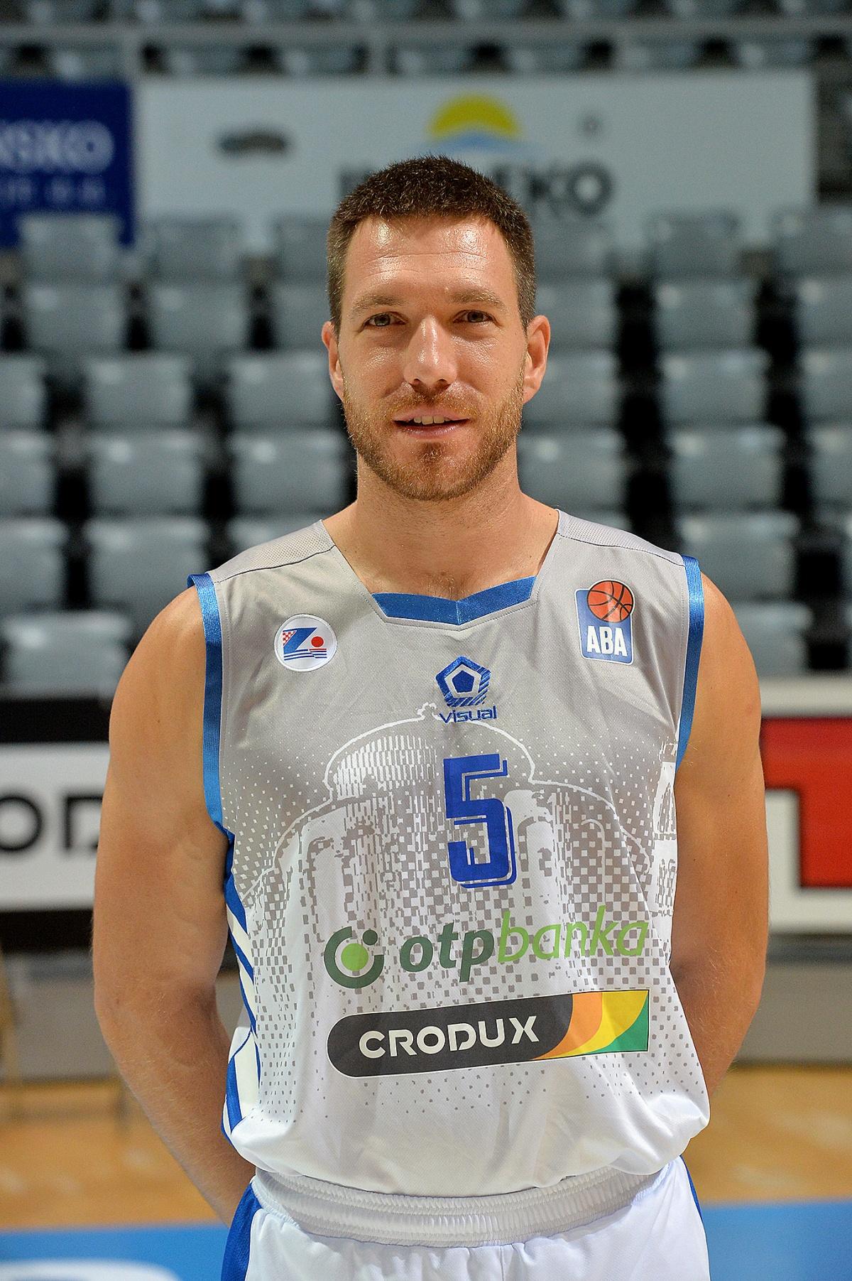 Petar Marić